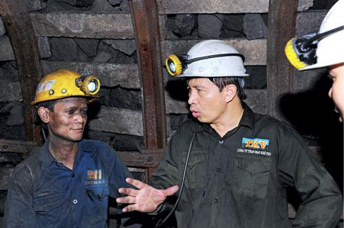 Mặt nạ phòng độc 3M 7502 phù hợp cho khai thác hầm mỏ không?